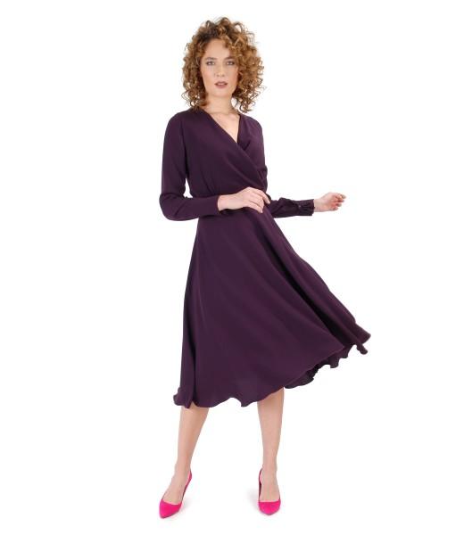 Rochie din crep cu maneci lungi