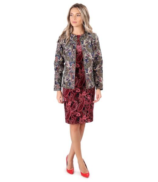 Tinuta eleganta cu jacheta din brocard cu rochie midi din catifea